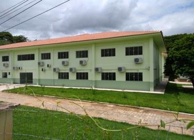 Bloco com 26 salas de aula e Biblioteca do Campus Bom Jesus (2017). Origem da Receita: LOA (R$ 3.941.984,82).