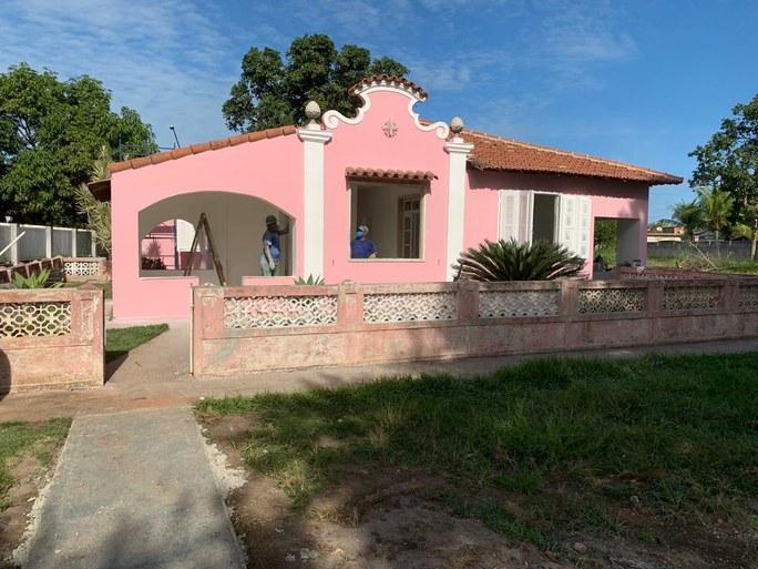 Reforma da casa rosa Quissamã