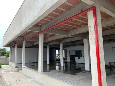 Obra de engenharia para reforma e ampliação de bloco para implantação de restaurante universitário no Campus Quissamã.