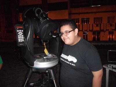 Ação Clube de Astronomia Caronte: Astronomia na praça