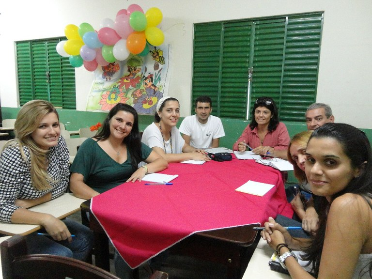 Foto 15 - Reunião com a equipe gestora do município de Cardoso Moreira com objetivo de implantar o Programa Mulheres Mil (ano de 2012).