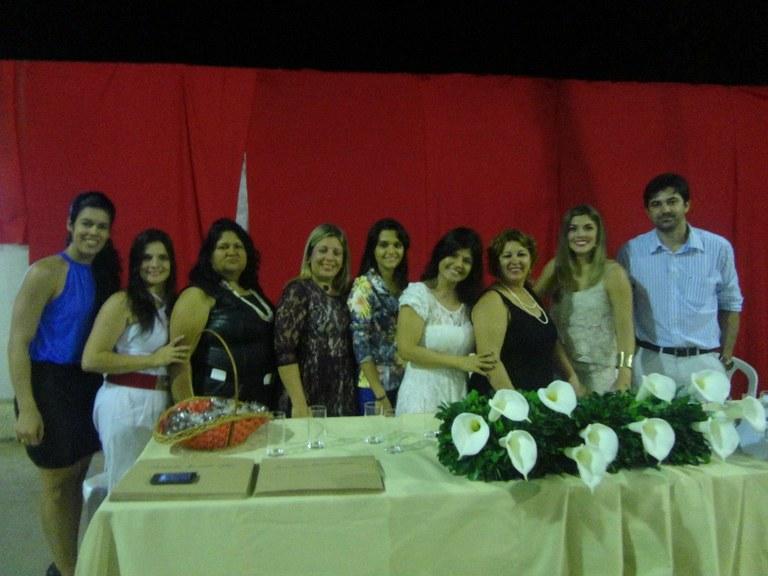 Foto 16 – Formatura das Alunas do Programa Mulheres Mil em Cambuci (foto com as assistentes sociais dos municípios de Cambuci, Cardoso Moreira e Itaocara - 2013).