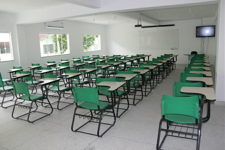 Sala de aula do novo pavilhão de ensino
