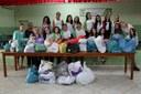 Alimentos, roupas e brinquedos foram doados a instituições de caridade da região.
