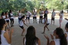 Todas as turmas fizeram apresentações de capoeira.