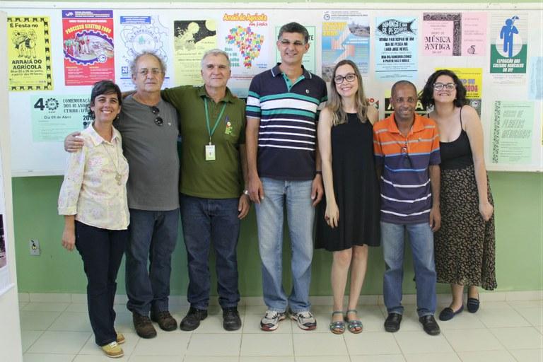 Servidores e alunos