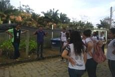 O professor Antônio Alonso acompanhou o grupo na visita aos setores.