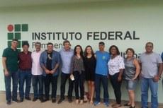 Gestores do IFF, autoridades de Bom Jesus e parlamentares.