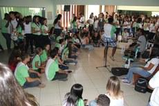 Música ao vivo nos intervalos entre aulas.
