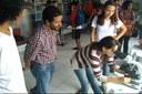 O professor Manildo coordena as atividades da caravana