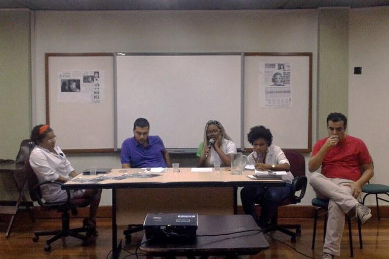 "Mesa Redonda ""Racismo na Universidade"""