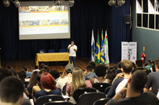 Semana recebeu vários palestrantes (Fotos: Núcleo de Imagem do IFF)