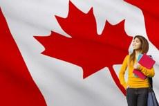 Dois estudantes do campus Campos Centro foram selecionados para intercâmbio no Canadá