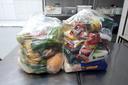 Entrega de cestas básicas a alunos em vulnerabilidade social