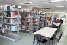 O espaço físico da biblioteca deverá ser ampliado, quando as obras de um novo prédio do campus ficaram prontas.