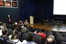 Professores, técnicos-administrativos e alunos  escolheram em assembleia para votar proposta de Calendário Acadêmico 2020. (Foto: Raphaella Cordeiro)