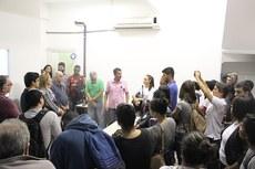 Professores e estudantes do curso no novo espaço (Misael Bernardes/Núcleo de Imagens do IFF)