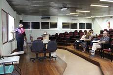 Bruno Lima Souza comprovou possibilidade de redução de custos para cerâmicas (Foto: Raphaella Cordeiro).