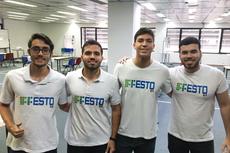 Estudantes de Engenharia de Controle e Automação na Festo 2019 (Foto: Divulgação)