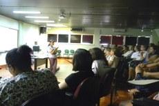 Palestra da professora Eneida Tavares para praticantes e interessados em meditação.
