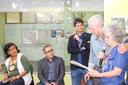 A professora Fátima Pereira Gomes ao lado do professor Roberto (Foto: Raphaella Cordeiro)