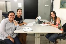 Sarah Pereira (Coordenação de arte do  segundo segmento da Smece ); Raquel Fernandes, Licenciatura em Teatro); e Carla Salles (coordenação de ciências da Smece)