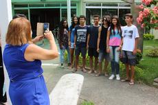 Alunos da turma do Pró IFF fotografados pela coordenadora Nelma Vilaca