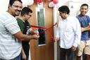 O Centro Acadêmico organizou uma pequena cerimônia de inauguração da sala (Foto: Letícia Cunha).