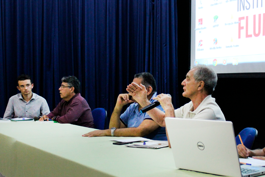 Os Institutos Federais em discussão