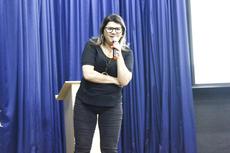 Professora da UFV, Silvane Gomes fez a palestra inaugural sobre o uso da tecnologia na sala de aula.(Fotos: Vitor Carletti)
