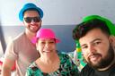 Bruno (D), Eugênia e Damião Henrique na ação solidária.