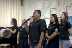 Grupo vocal se apresenta no auditório Miguel Ramalho, no campus Campos Centro