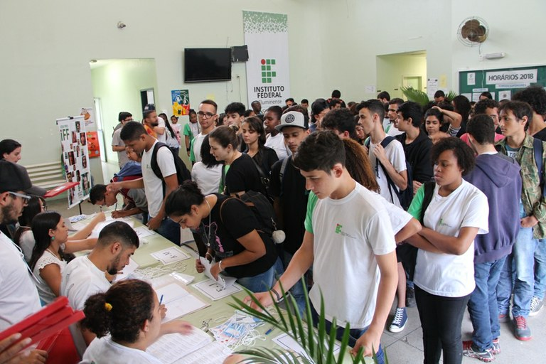 Campus Guarus discute promoção da equidade na abertura do Conepe