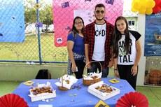 Estudantes na Feira Lenguas & Culture realizada no Campus Guarus.