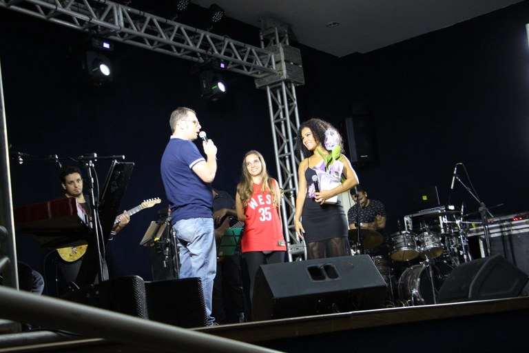Evento musical anima início de atividades do campus