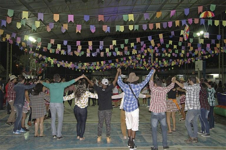 Festa Julina do Campus Campos Guarus arrecada mais de 300 kg para doação