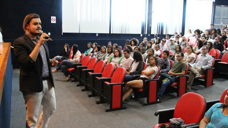 Nugedis do Campus Guarus promove discussão sobre Gênero e Sociedade