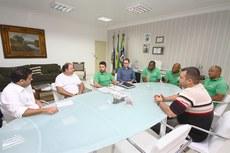 Equipe apresenta ações do Projeto Capivara ao prefeito Rafael Diniz