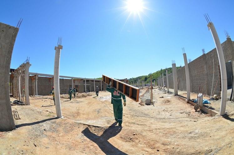 Obra de construção do Parque Acadêmico Industrial do IFFluminense Itaperuna