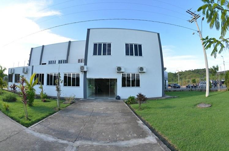 Prédio administrativo do campus Itaperuna