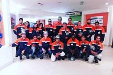 Grupo de 16 estudantes participou de viagem a Barra Mansa para conhecer a fábrica da Sanint Gobain