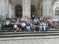 O grupo de alunos e servidores visitou o Museu Imperial