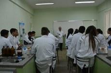 A programação inclui oficinas e palestras sobre temas relacionados ao trabalho do químico