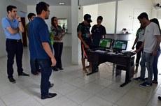 O diretor do IFSul conheceu o sistema desenvolvido no IFF Itaperuna