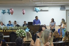 """A diretora-geral do IFFluminense Itaperuna, Michelle Maria Freitas Neto, recebeu o certificado """"Amigo da Educação"""