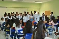 Alunos do Curso de Química recebem os calouros no Campus Itaperuna