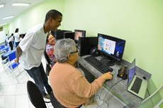 Oficina de inclusão digital em Guarus, por meio do Projeto de extensão Elo, do IFFluminense Itaperuna