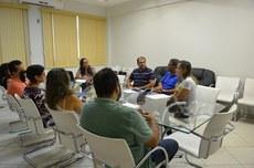 As equipes do IFF Itaperuna e da Secretaria de Educação se reuniram para tratar do projeto