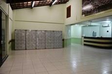 Os novos armários ficam instalados no hall do Bloco B