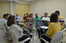 Conselheiros e coordenadores de cursos do Campus Itaperuna em reunião do Conselho